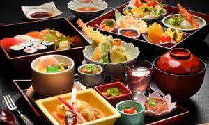 ダイエット中の外食の食べ方について